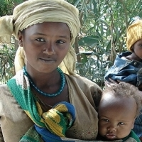 Mothers in Ethiopia. (Photo courtesy of Jhpiego.)